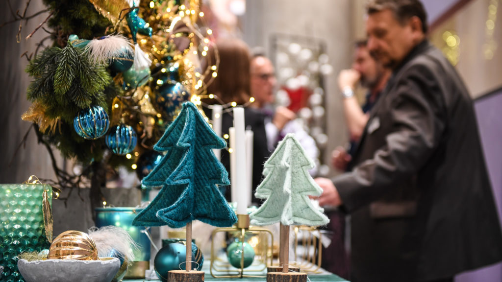 Christmas Decorating Trends 2019 2020: Holiday Decorating Trends For 2019
