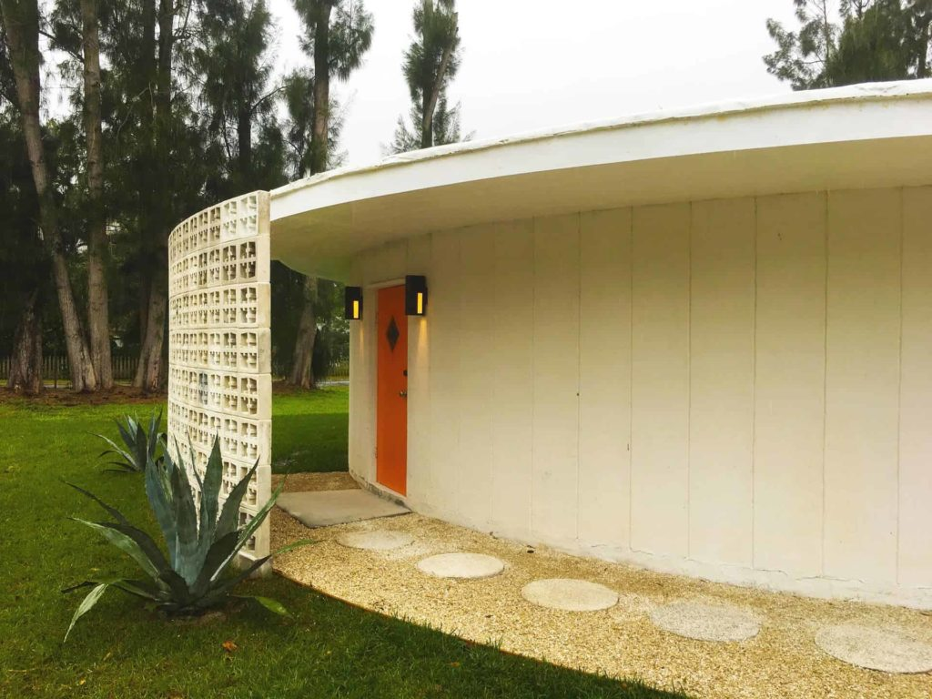 """The """"Other"""" Round House designed and built by electrical engineer Frank Williams. Photo credit: Sarasota Architectural Foundation"""